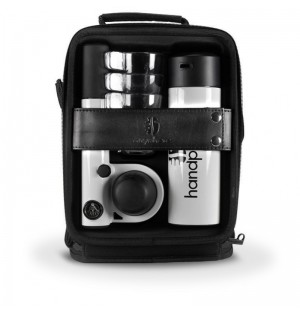 Кейс с ручной кофеваркой и аксессуарами Handpresso Pump set White